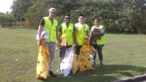 QUT Students counting litter